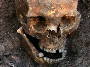 Bones of Richard III uncovered in 2012